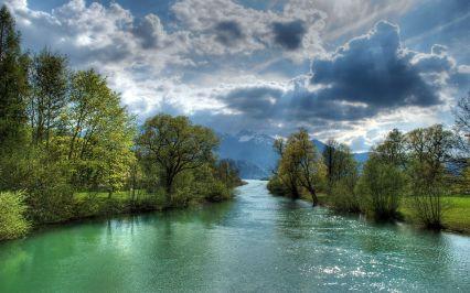 Emerald-river