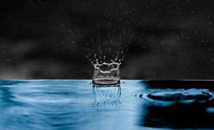 raindrop-impact-water